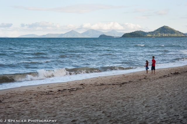 Children at the Palm Cove beach